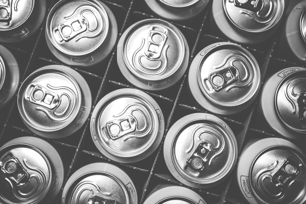 pattern-of-soda-drink-cans-picjumbo-com