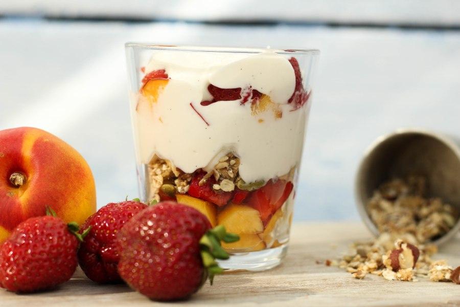 Enkel og søtfruktdessert